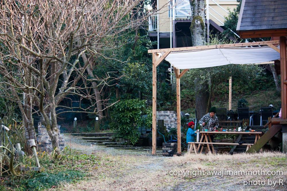 淡路島マンモスのコテージのBBQスペース