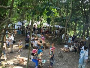 5/20(土)は森の中でオーガニックマーケット「島の食卓 2017春」が開催されます。