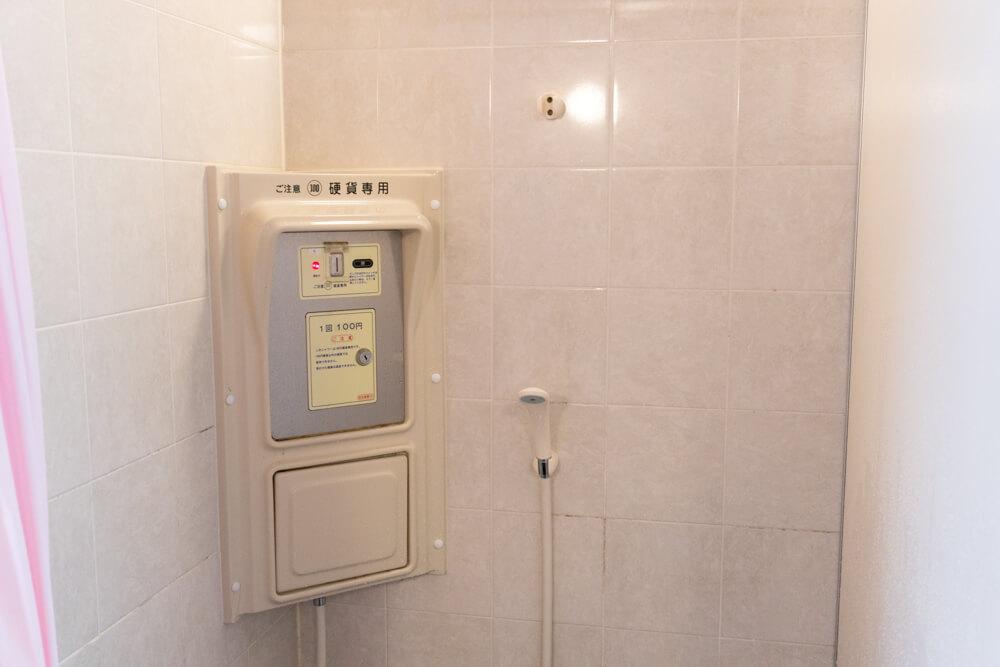 淡路島の海水浴場新都志海水浴場のシャワー